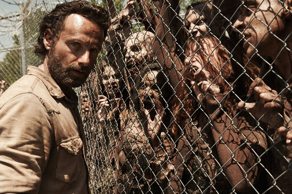 Walking Dead survives for 5th season!